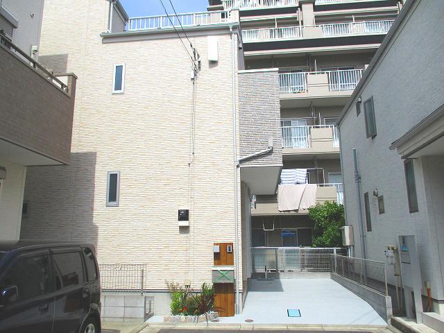 只今、水元エリア内で一番人気の水元3丁目中古一戸建をご紹介致します~。