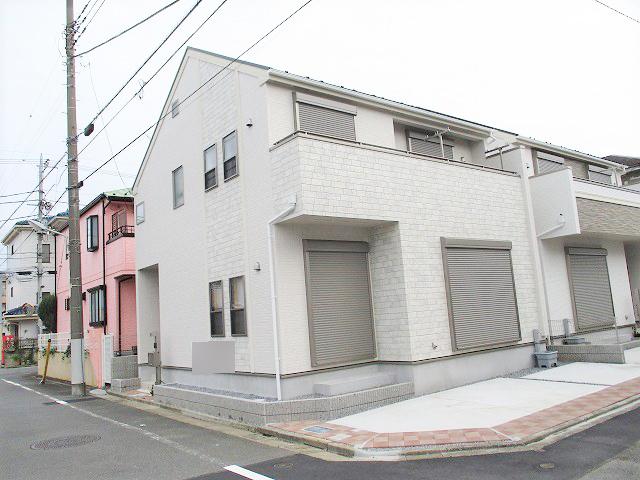 本日、水元2丁目新築一戸建2棟現場の1号棟が価格改定になって再販されました~。