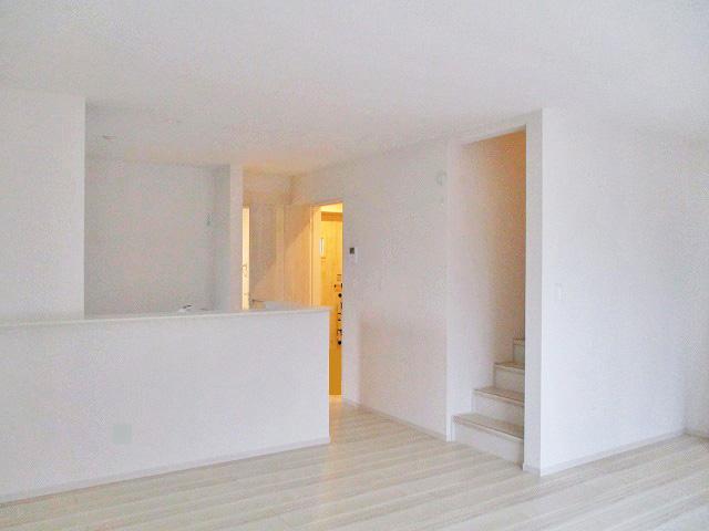 南水元エリア内で一番お安い価格の新築一戸建の室内撮影に行って参りました~。